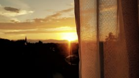 Взгляд захода солнца на прекрасном вечере стоковая фотография rf
