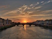 Взгляд захода солнца Флоренс от моста стоковая фотография rf