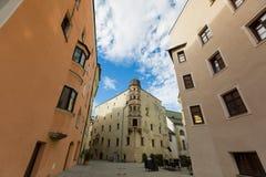 Взгляд зданий, зона улицы средневекового городка Rattenberg, a стоковая фотография rf
