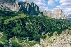 Взгляд итальянских Альпов стоковые изображения rf