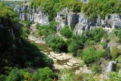 Взгляд каньона Emen в Бугарске стоковые изображения