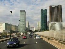 Взгляд квартала обороны Ла в Париже стоковые фотографии rf