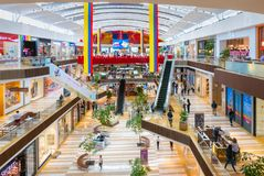 Взгляд коммерчески центра Колумбии Chia Fontanar внутренний стоковое фото
