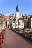 взгляд красного цвета lyon footbridge Стоковые Изображения RF