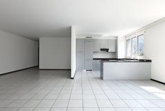 взгляд кухни квартиры новый Стоковое Изображение RF