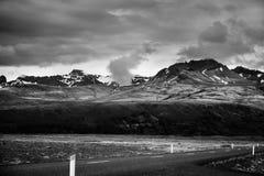 Взгляд к горам и леднику Vatnajokull, в Skeidararsandur, I Стоковые Изображения RF
