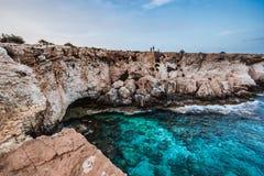 Взгляд лагуны около накидки Greko Ayia Napa стоковое фото