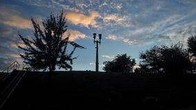 Взгляд ландшафта Река яркое и colourfull Заход солнца неба Стоковые Фотографии RF