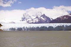 Взгляд ледника Perito Moreno от Brazo Rico в озере в Патагонии, Аргентине Argentino стоковые изображения rf