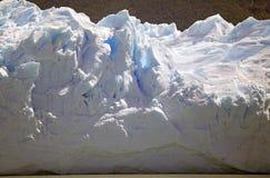 Взгляд ледника Perito Moreno от Brazo Rico в озере в Патагонии, Аргентине Argentino стоковые фотографии rf