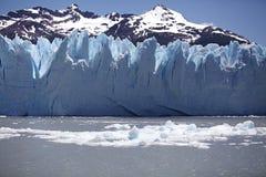 Взгляд ледника Perito Moreno от Brazo Rico в озере в Патагонии, Аргентине Argentino стоковое изображение