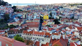 Взгляд Лиссабона от Бельведера de Graça, Португалии Европы стоковое фото rf