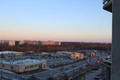 Взгляд Лондона Онтарио от 10th пола квартиры highrise стоковая фотография rf