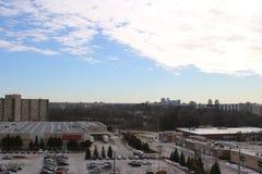 Взгляд Лондона Онтарио от 10th пола квартиры highrise стоковые изображения rf