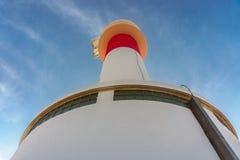 Взгляд маяка ` del Fangar ` далекого на перепаде de l природном парке Ebre `, Таррагоне, Catalunya, Испании стоковая фотография