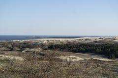 Взгляд мертвых дюн, вертела Curonian и лагуны Curonian стоковое изображение rf