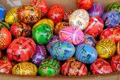 Взгляд много декоративных яичек Торжество пасхи Стоковые Изображения