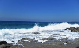 Взгляд моря от берега Стоковые Изображения