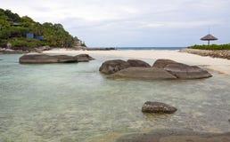 взгляд моря пляжа тропический Стоковые Фотографии RF