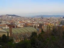 Взгляд над Барселоной весной на празднике стоковое фото rf