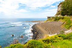 Взгляд над мостом скалы моря 665 метров длинным, сбалансированным консольным мостом вдоль сценарного грандиозного Тихого океан пр Стоковые Изображения RF