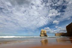 Взгляд на 12 апостолах приближает к порту Campbell, большой дороге океана в Виктории, Австралии Стоковые Фото