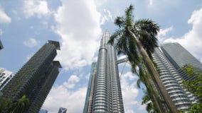 Взгляд на Башнях Близнецы в Куалае-Лумпур сток-видео