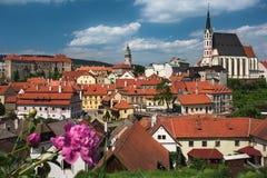 Взгляд на историческом центре Cesky Krumlov европа Стоковое Изображение RF