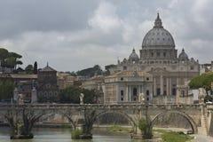 Взгляд на соборе ` s St Peter в Риме, Италии Стоковые Изображения RF