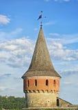 Взгляд на старой башне замка Kamianets-Podilskyi Стоковое фото RF