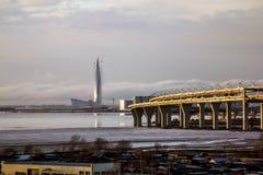 Взгляд небоскреба центра Lakhta и западного высокоскоростного Стоковые Фотографии RF