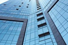 Взгляд низкого угла высокорослых офисных зданий Стоковое фото RF