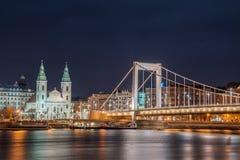 Взгляд ночи Будапешта, Венгрии Стоковое Изображение RF