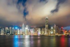 Взгляд ночи гавани Виктории в Гонконге ashurbanipal Стоковая Фотография
