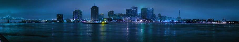 Взгляд ночи горизонта Нового Орлеана Стоковая Фотография RF