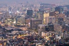 Взгляд ночи городского пейзажа Сеула городского Стоковое Изображение RF