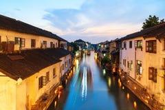 Взгляд ночи древнего города Сучжоу стоковое изображение rf