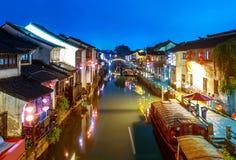Взгляд ночи древнего города Сучжоу стоковые изображения