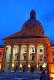 взгляд ночи здания Стоковое Изображение RF