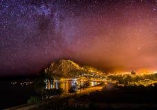 Взгляд ночи играет главные роли путь Copacabana Боливия Mikly Стоковое Фото