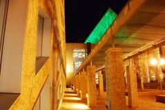 взгляд ночи лобби залы edmonton города стоковая фотография rf