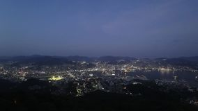 Взгляд ночи Нагасаки Японии, от Inasayama акции видеоматериалы