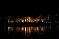Взгляд ночи Флориды miami от шлюпки стоковое фото rf