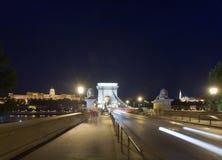 взгляд ночи budapest моста цепной Стоковая Фотография RF