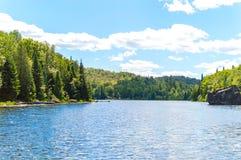 взгляд озера сценарный стоковые фото