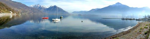 взгляд озера como панорамный Стоковые Изображения