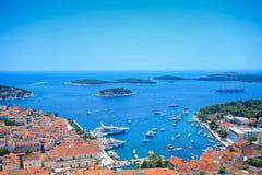 взгляд острова крепости hvar стоковое фото rf