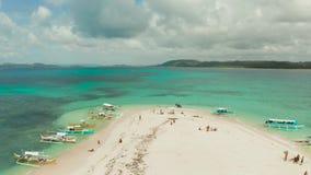Взгляд острова Siargao от моря, Филиппин акции видеоматериалы