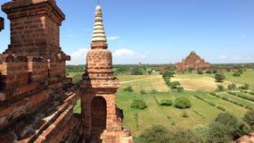 Взгляд от виска Myauk Guni в Bagan Стоковые Изображения