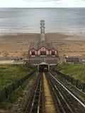 Взгляд от канатной железной дороги на Saltburn морем Стоковое Фото